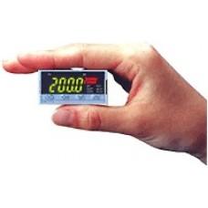 Temperature Controller: SA200